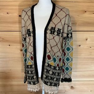 BKE Pattern Lace Hem Cardigan • Size Small
